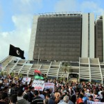 Benghazi protestors support government, condemn Qatar