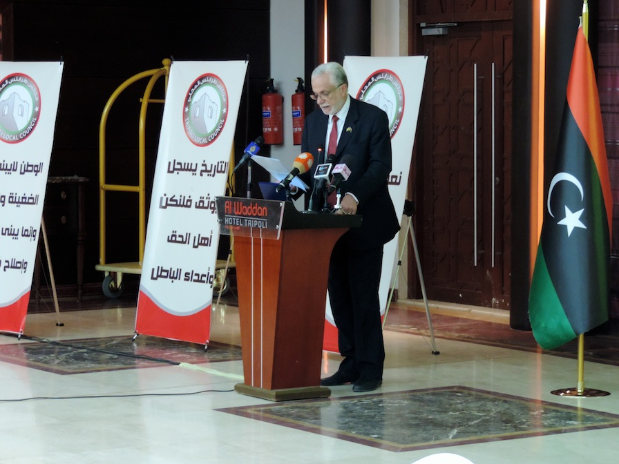 Tripoli Local Council leader Sadat Elbadri addressing the local councils' conference (Photo: Aimen Eljali)