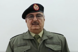 Armed forces commander-in-chief Khalifa Hafter (archive)