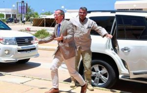 Kobler bounds from his car to greet Jadhran (Photo: UNSMIL)
