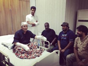 Atewish visited in hospital by his sone and Saiq commander Wanid Bukhamada (Photo: Social media)