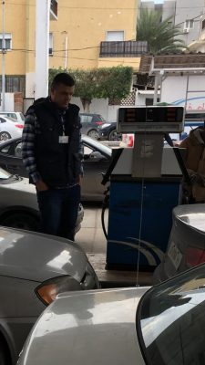 Petrol stations were still operating in Tripoli today despite a near total power blackout thanks to power generators (Photo: BREGA).