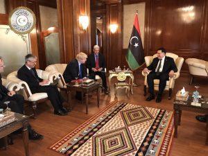 UK Foreign Secretary Boris Johnson in jovial mood with Faiez Serraj (Photo: PC)