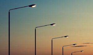 Street-lights-at-dusk