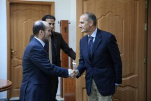 UNSMIL security chief Paolo Serra with Mohamed Al-Amari (Photo: PC)