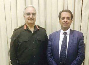 Khalifa Hafter wth Benghazi uni head (Photo: LANA)