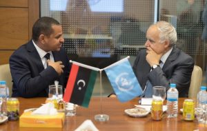 LIA chairman Ali Hassan Mahmoud (L) with UNSMIL's Ghassan Salamé (Photo: LIA)