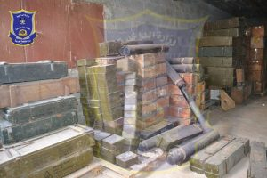 An IS huge hoard of weapons and ammunition was raided by Misrata forces (Misrata Anti Crime Unit).