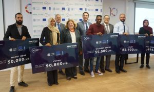 Six young Libyan men and women have jointly won (Photo: UNDP).